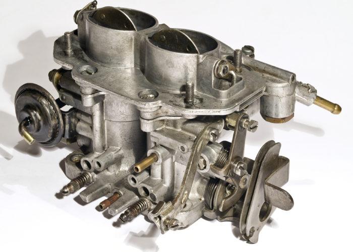 Why Carburetors are Used in Petrol [Not in Diesel] Engines?